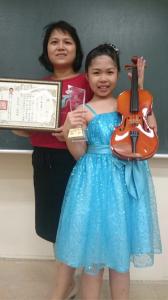 恭喜小美女榮獲全國決賽第二名